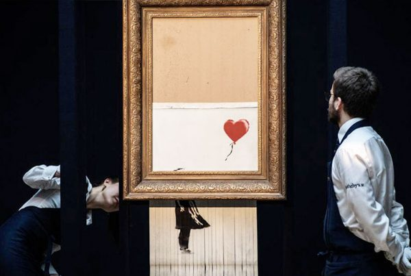 Niña-con-globo-de-Banksy-se-convierte-en-esta-nueva-obra