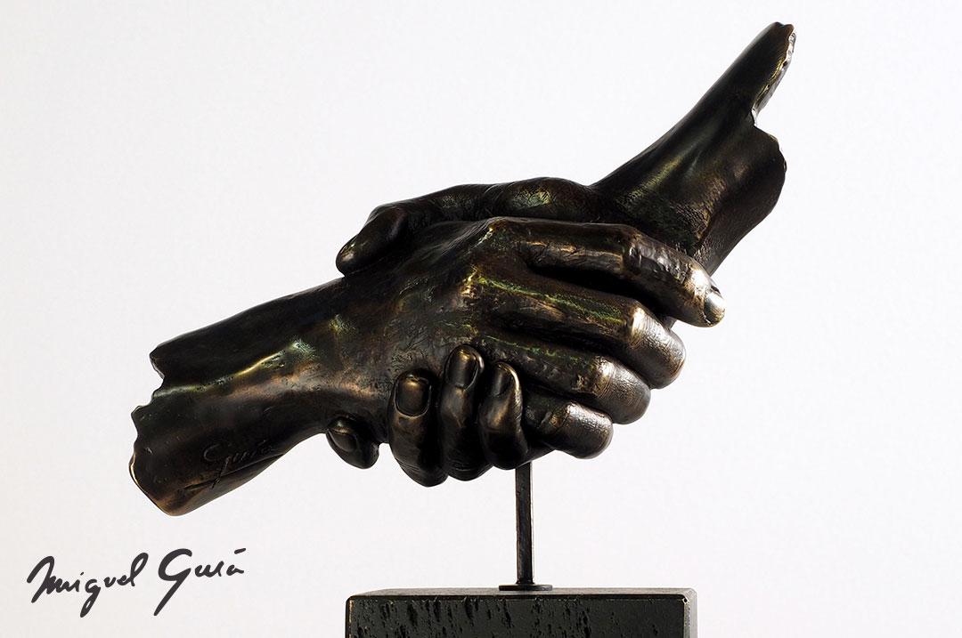 Esculturas-para-agradecer-felicitar