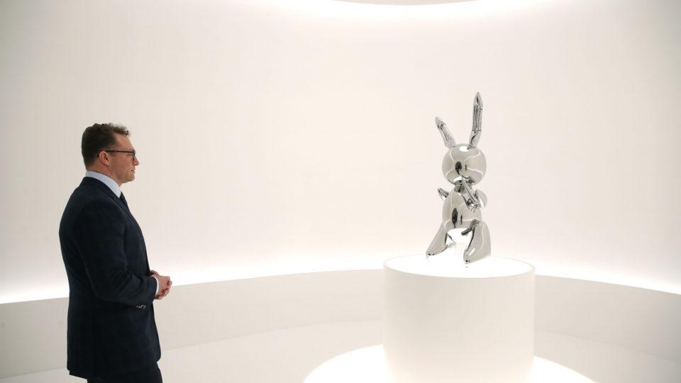 lo-que-esconde-rabbit-jeff-koons-vendido-por-91-millones