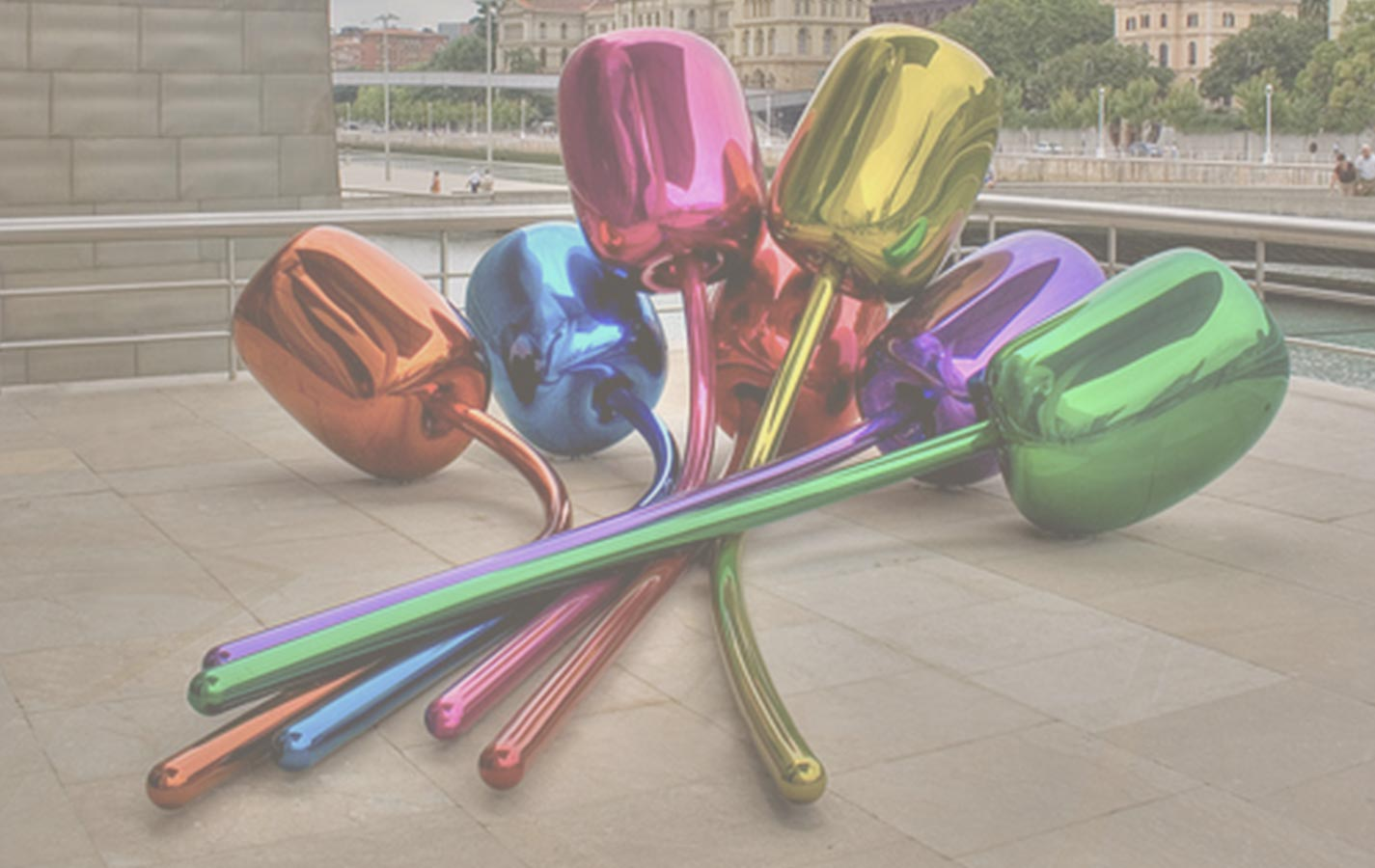 Jeff Koons: Inaugura esta polémica escultura en París