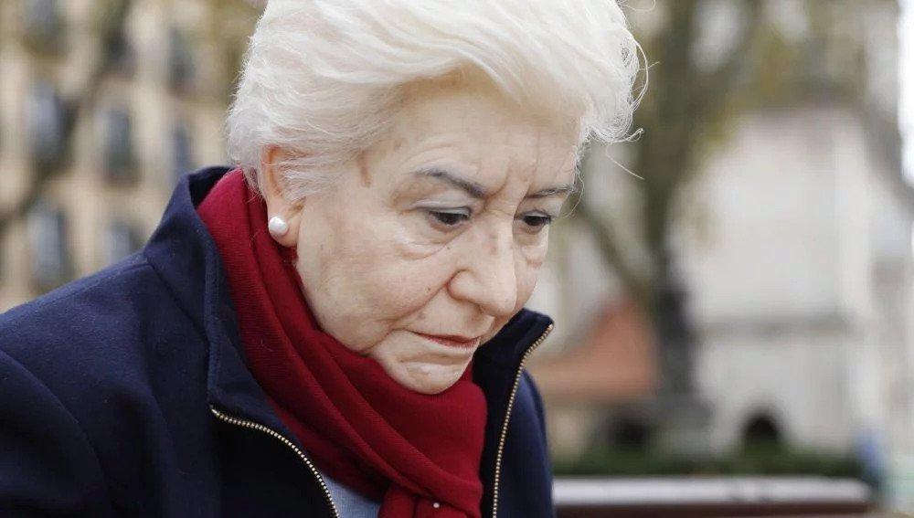 Rubén Orozco: Mercedes, escultura sobre la soledad de los mayores