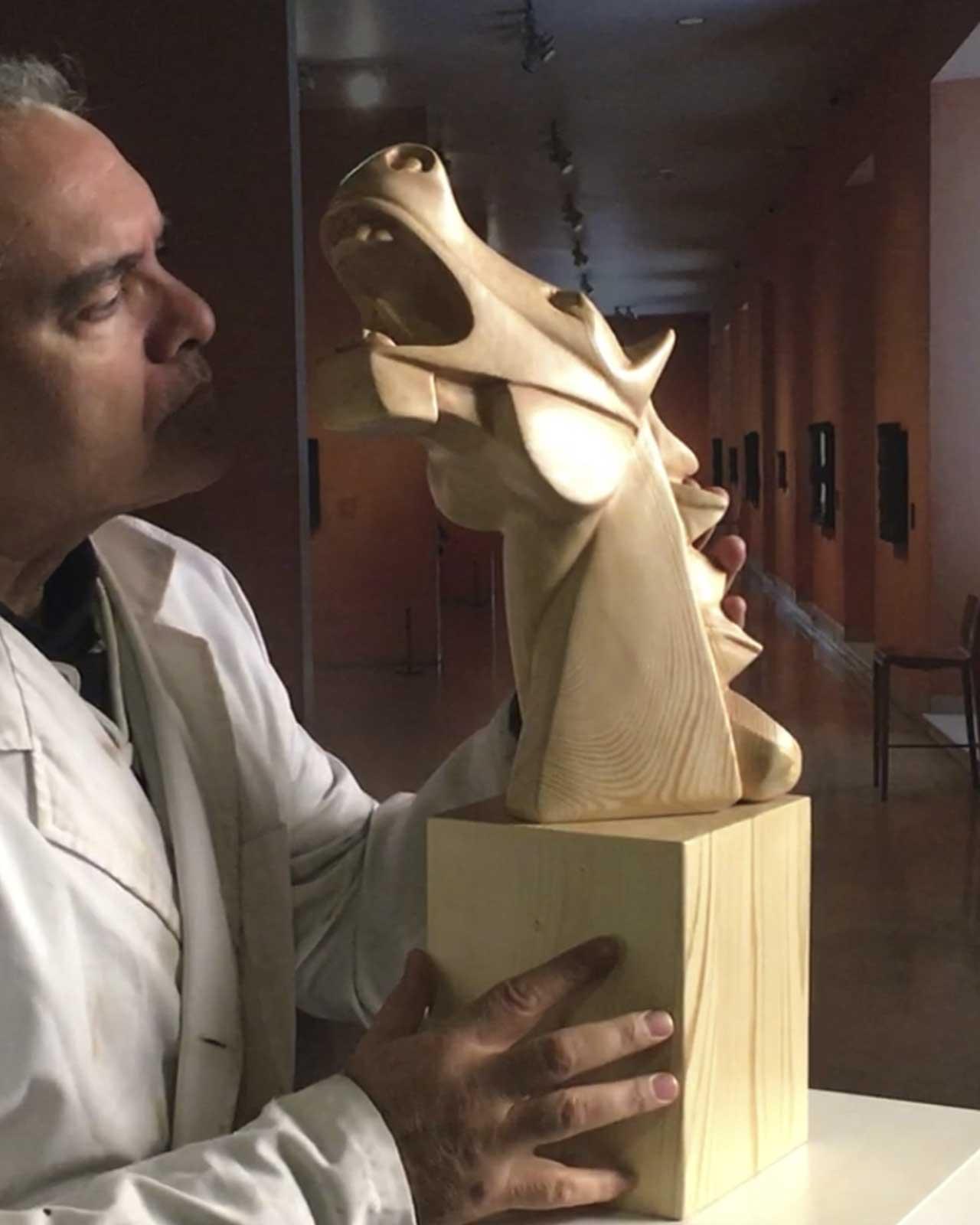 donde-comprar-esculturas-en-madera-Caballo-cubista-Guernica-en-madera-de-pino-de-Suecia